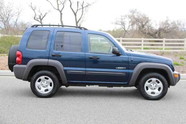 2004 Jeep Liberty Sport Santa Clarita, CA 12