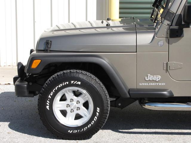 2004 Jeep Wrangler Unlimited Jacksonville , FL 11