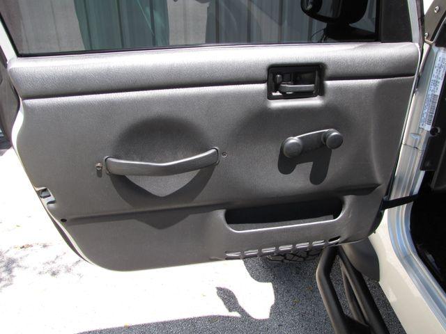 2004 Jeep Wrangler Unlimited LJ Jacksonville , FL 40