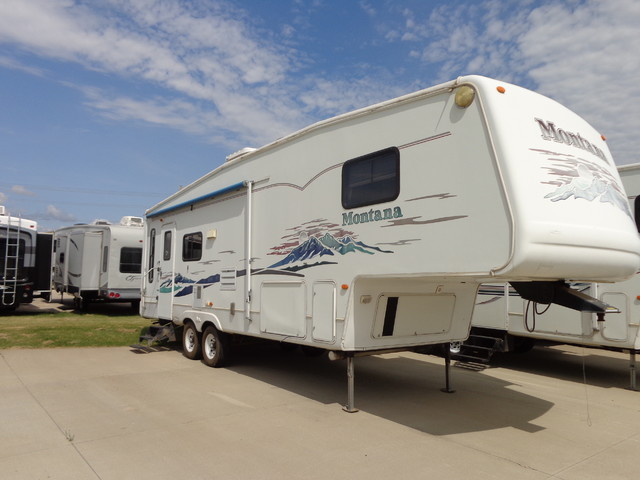 2004 Keystone Montana 2955RL Mandan, North Dakota 0