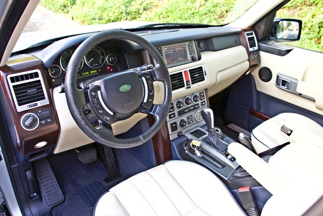 2004 Land Rover RANGE ROVER HSE 1-OWNER NAVIGATION XENON REAR DVD SYSTEM Woodland Hills, CA 16