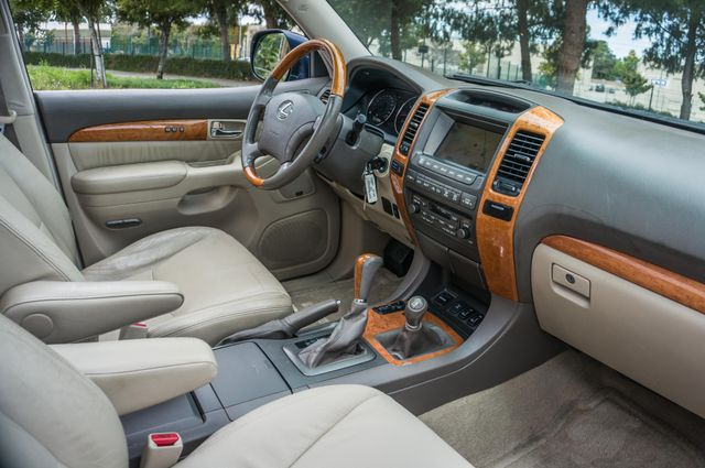 2004 Lexus GX 470 Reseda, CA 37