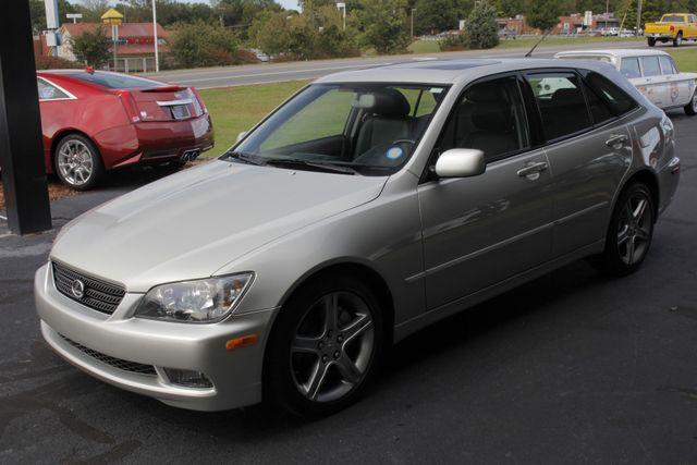 2004 Lexus IS 300 SPORTCROSS RWD - VERY RARE - ONLY 40K MILES! Mooresville , NC 23