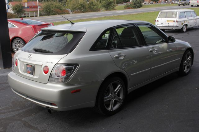 2004 Lexus IS 300 SPORTCROSS RWD - VERY RARE - ONLY 40K MILES! Mooresville , NC 24