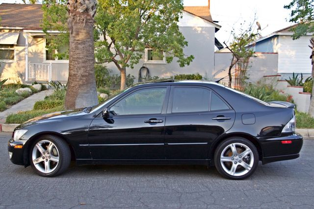 2004 Lexus IS 300 SPORT AUTOMATIC XENON MOONROOF NEW TIRES SERVICE RECORDS! Woodland Hills, CA 3