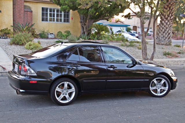 2004 Lexus IS 300 SPORT AUTOMATIC XENON MOONROOF NEW TIRES SERVICE RECORDS! Woodland Hills, CA 7