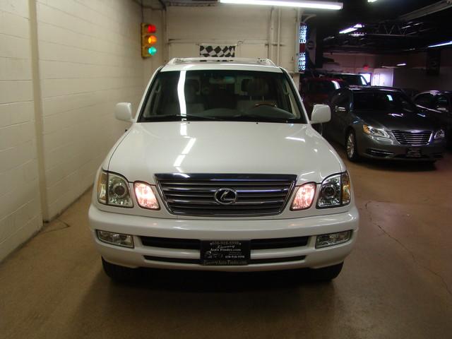 2004 Lexus LX 470 Batavia, Illinois 6