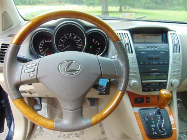 2004 Lexus RX330 AWD Leesburg, Virginia 29