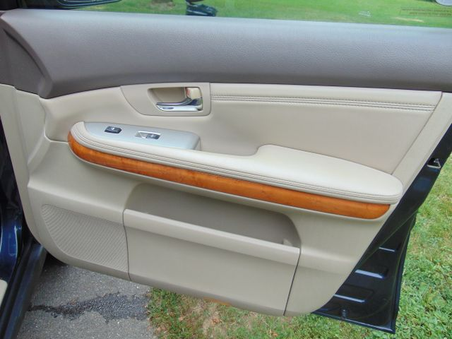 2004 Lexus RX330 AWD Leesburg, Virginia 40
