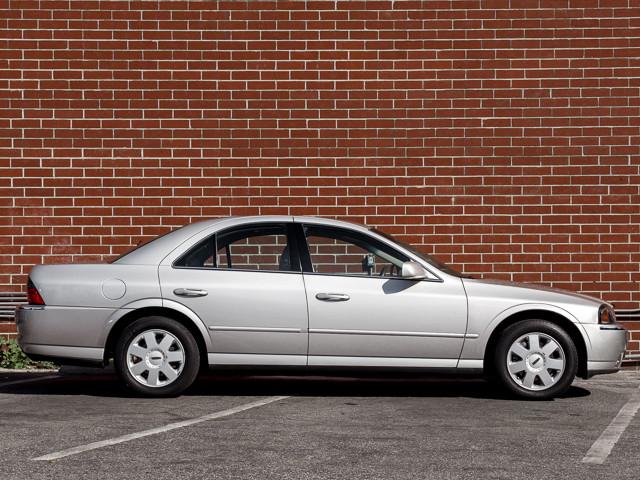 2004 Lincoln LS w/Luxury Pkg Burbank, CA 4
