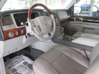 2004 Lincoln Navigator Luxury Gardena, California 4