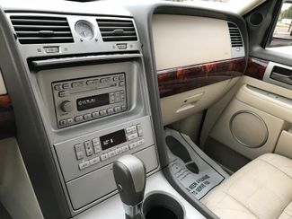 2004 Lincoln Navigator Ultimate Knoxville , Tennessee 34