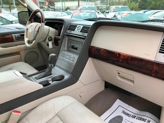 2004 Lincoln Navigator Ultimate Knoxville , Tennessee 81