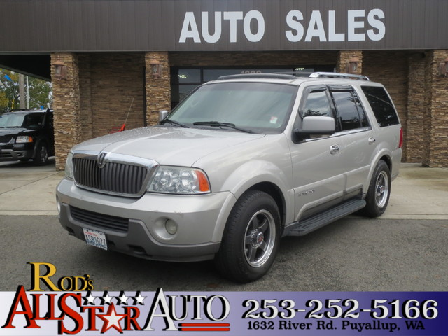 2004 Lincoln Navigator AWD The CARFAX Buy Back Guarantee that comes with this vehicle means that y