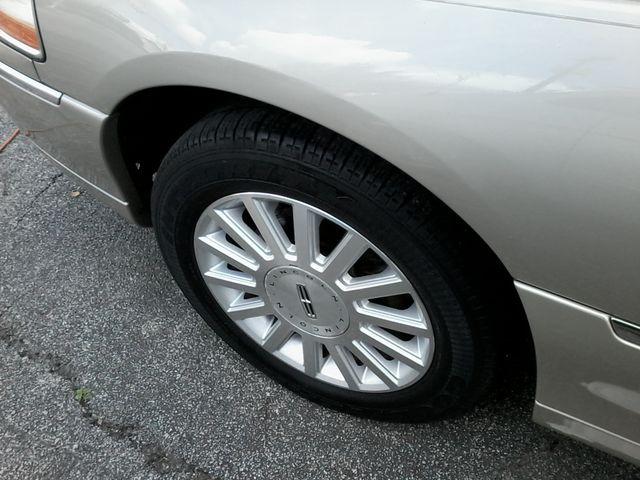 2004 Lincoln Town Car Signature ONE OWNER San Antonio, Texas 26