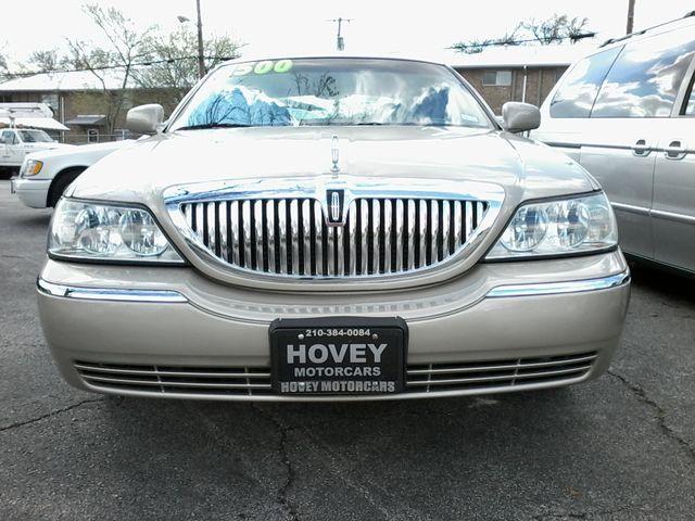 2004 Lincoln Town Car Signature ONE OWNER San Antonio, Texas 7