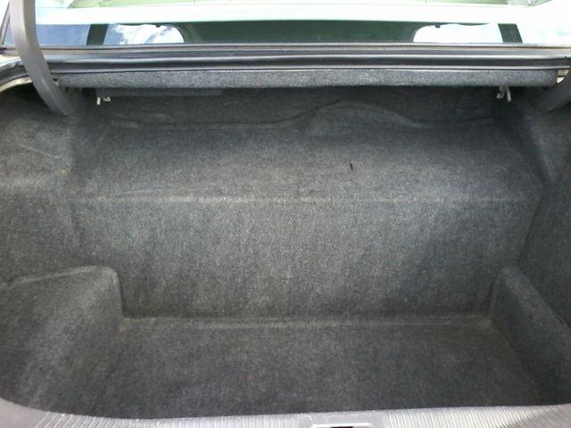 2004 Lincoln Town Car Signature ONE OWNER San Antonio, Texas 12