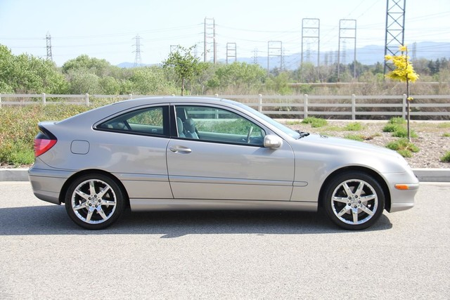 2004 Mercedes-Benz C320 3.2L Santa Clarita, CA 11