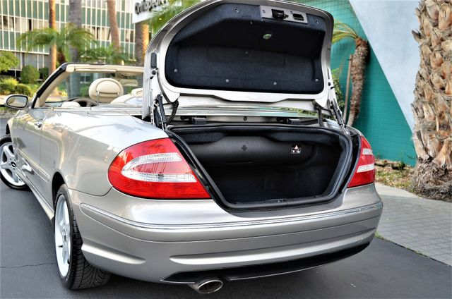 2004 Mercedes-Benz CLK500 Cabriolet 5.0L Reseda, CA 32