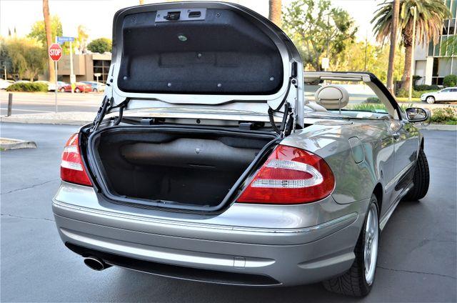2004 Mercedes-Benz CLK500 Cabriolet 5.0L Reseda, CA 33