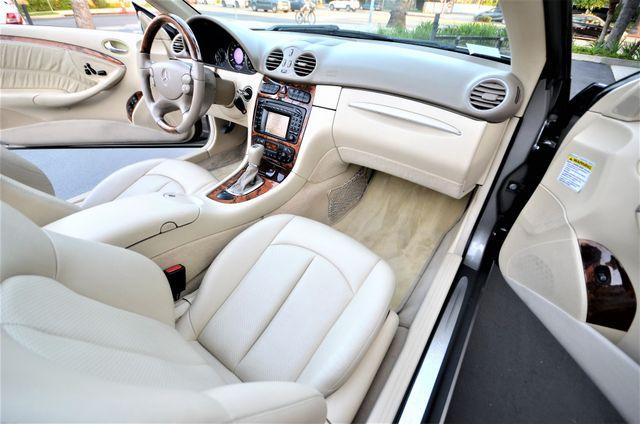 2004 Mercedes-Benz CLK500 Cabriolet 5.0L Reseda, CA 36