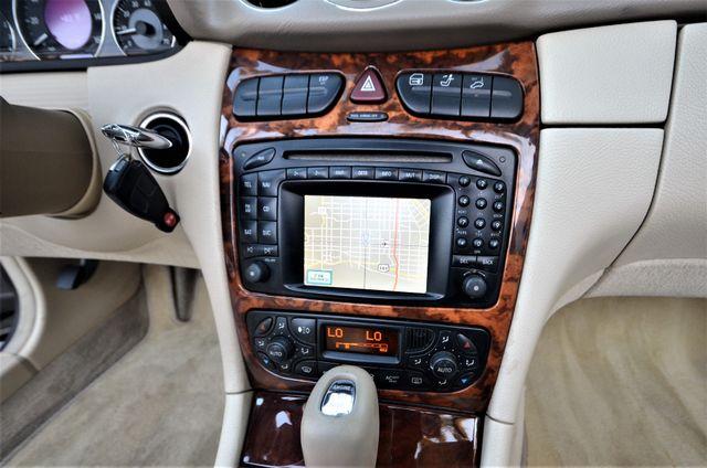 2004 Mercedes-Benz CLK500 Cabriolet 5.0L Reseda, CA 6
