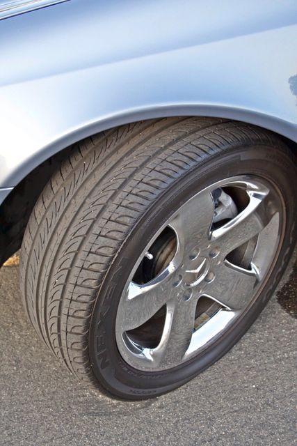 2004 Mercedes-Benz E320 SPORTS PKG XENON 1-OWNER NEW TIRES NAVIGATION LEATHER Woodland Hills, CA 15