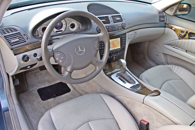 2004 Mercedes-Benz E320 SPORTS PKG XENON 1-OWNER NEW TIRES NAVIGATION LEATHER Woodland Hills, CA 17
