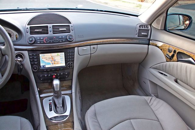 2004 Mercedes-Benz E320 SPORTS PKG XENON 1-OWNER NEW TIRES NAVIGATION LEATHER Woodland Hills, CA 26