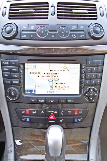 2004 Mercedes-Benz E320 SPORTS PKG XENON 1-OWNER NEW TIRES NAVIGATION LEATHER Woodland Hills, CA 22