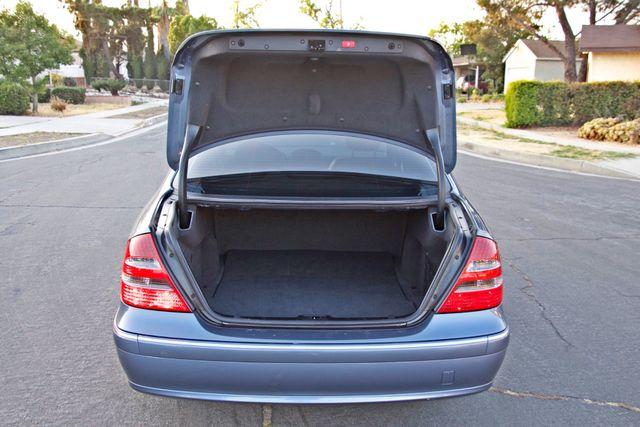 2004 Mercedes-Benz E320 SPORTS PKG XENON 1-OWNER NEW TIRES NAVIGATION LEATHER Woodland Hills, CA 16