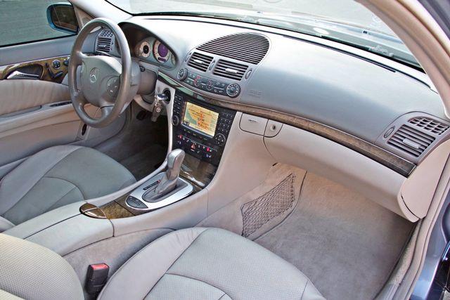 2004 Mercedes-Benz E320 SPORTS PKG XENON 1-OWNER NEW TIRES NAVIGATION LEATHER Woodland Hills, CA 29
