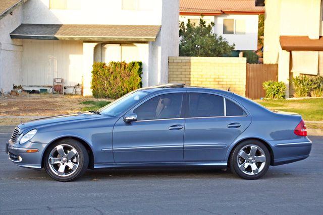 2004 Mercedes-Benz E320 SPORTS PKG XENON 1-OWNER NEW TIRES NAVIGATION LEATHER Woodland Hills, CA 4