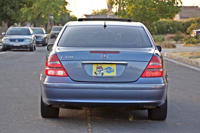 2004 Mercedes-Benz E320 SPORTS PKG XENON 1-OWNER NEW TIRES NAVIGATION LEATHER Woodland Hills, CA 8