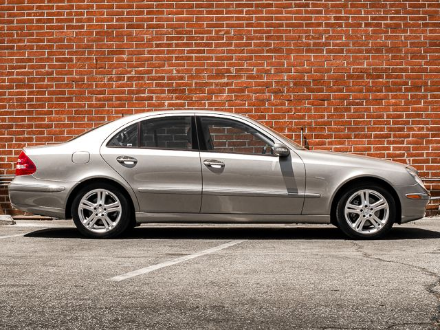 2004 Mercedes-Benz E500 5.0L Burbank, CA 3