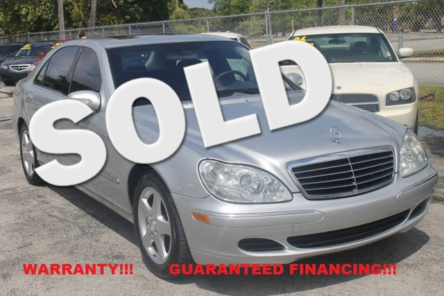 2004 Mercedes S500 50L  WARRANTY CARFAX CERTIFIED AUTOCHECK CERTIFIED 2 OWNERS 17 SERVICE