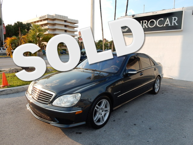 2004 Mercedes S55 AMG CLEAN CARFAX NEW TIRES LEATHER and SUNROOF  MOONROOF Designo Li