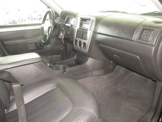 2004 Mercury Mountaineer Convenience Gardena, California 12