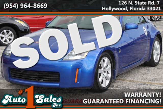 2004 Nissan 350Z Touring  WARRANTY CARFAX CERTIFIED AUTOCHECK CERTIFIED 3 OWNERS 12 SERVICE