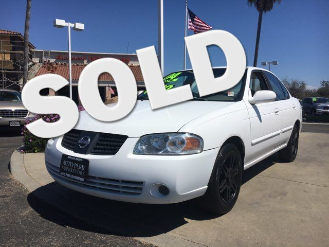 2004 Nissan Sentra S Youll have change leftover when filling up this fuel efficient ride VIN 3