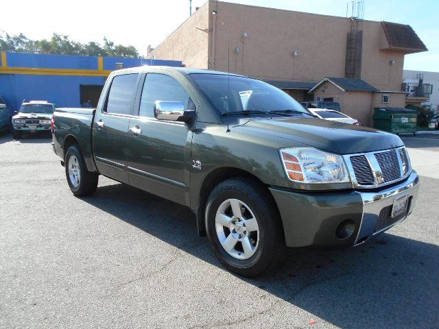 2004 Nissan Titan SE Limited warranty included to assure your worry-free purchase AutoCheck repor