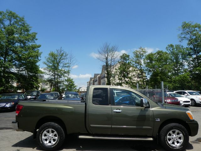 2004 Nissan Titan LE Sterling, Virginia 29