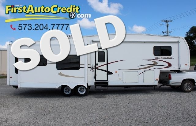 2004 Nu-Wa Hitchhicker 34.5 RLTG | Jackson , MO | First Auto Credit in Jackson  MO