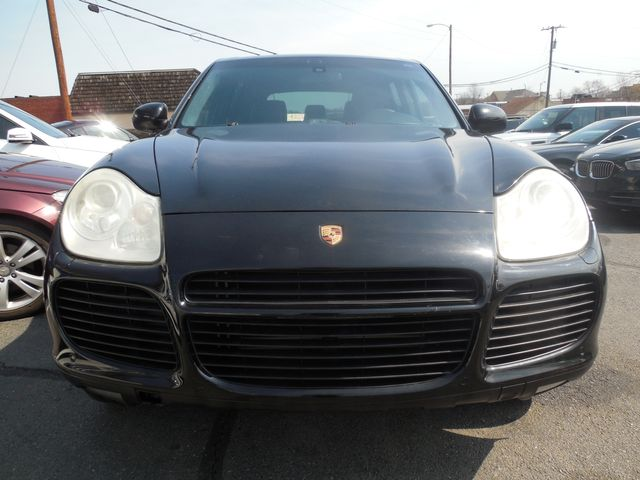 2004 Porsche Cayenne Turbo Leesburg, Virginia 12