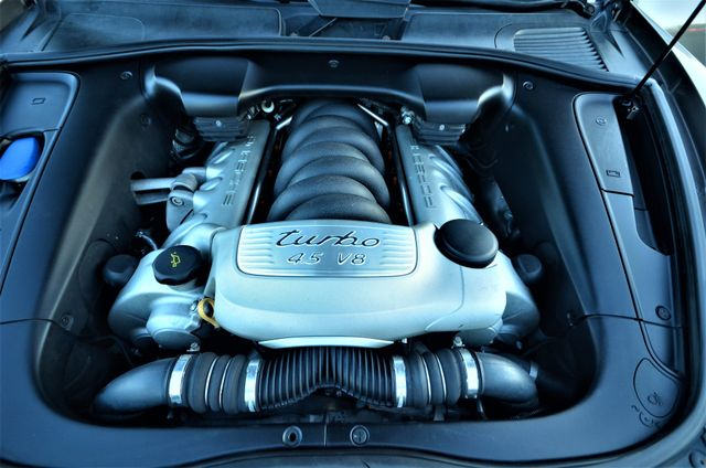 2004 Porsche Cayenne Turbo Reseda, CA 41