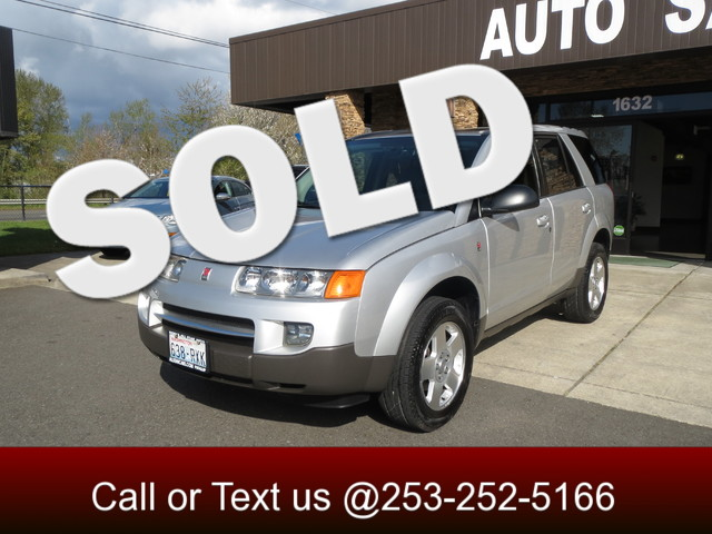 2004 Saturn VUE V6 AWD Our all wheel drive Saturn Vue comes with a no accident Carfax 25mpg gas s