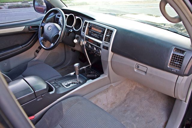 2004 Toyota 4RUNNER SR5 4WD AUTOMATIC SERVICE RECORDS ALLOY WHLS Woodland Hills, CA 25