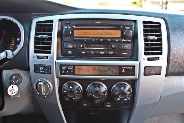 2004 Toyota 4RUNNER SR5 4WD AUTOMATIC SERVICE RECORDS ALLOY WHLS Woodland Hills, CA 18