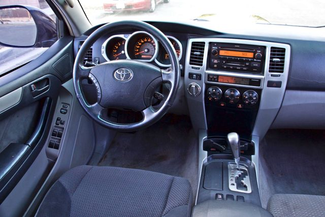 2004 Toyota 4RUNNER SR5 4WD AUTOMATIC SERVICE RECORDS ALLOY WHLS Woodland Hills, CA 21