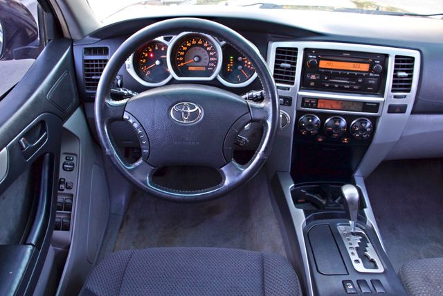 2004 Toyota 4RUNNER SR5 4WD AUTOMATIC SERVICE RECORDS ALLOY WHLS Woodland Hills, CA 22